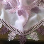 badem motifli namaz örtüsü kenarı için iğne oyası örneği