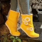 papatya işlemeli sarı şık örgü uzun çorap