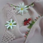 vizon namaz bezine uygun çiçek motifli iğne oyası motifleri