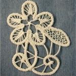 yapraklı çiçek motifli dantel anglez örneği