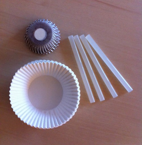 1slikon ve kağıt kek kalıpları
