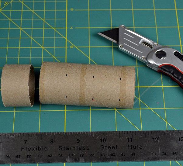 3 peçete halkaları için cetvek falçata ve kağıt rulo