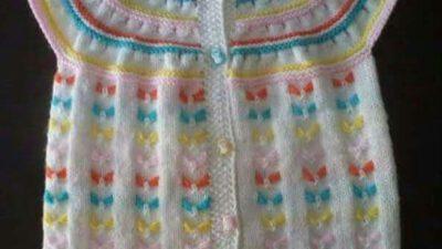 Yakadan başlama kelebek desenli renkli yelek yapımı