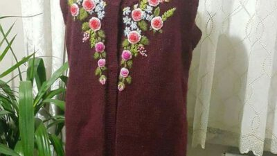Çiçek işlemelerle süslü bayan yelek yapımı
